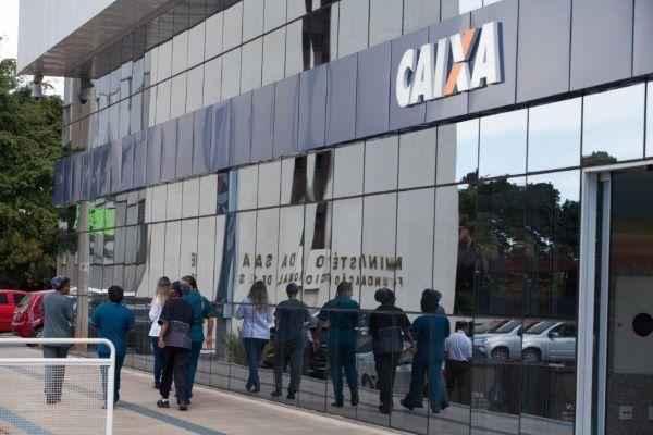 Fachada Caixa 600x400.jpg